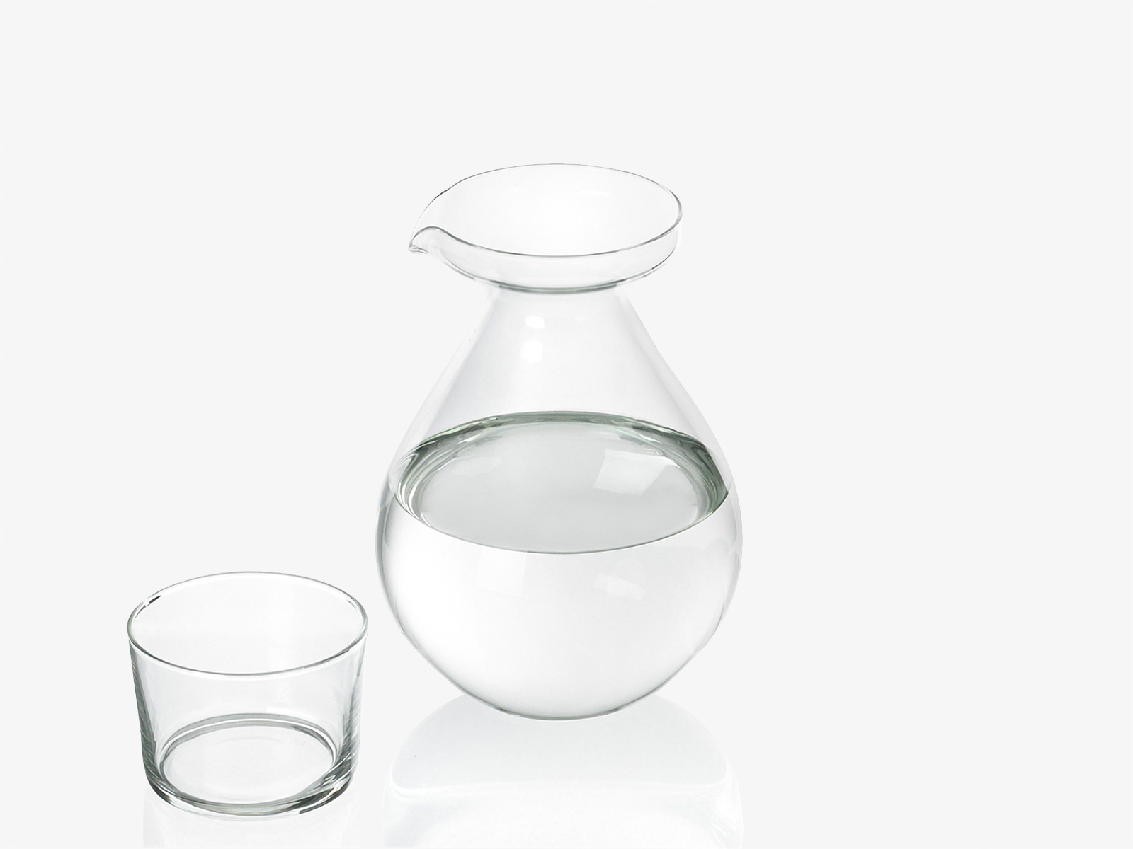 Drop jug and glass